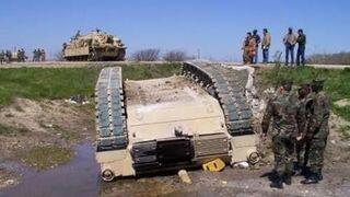 Wypadki w wojsku (Fail Compilation 2017)