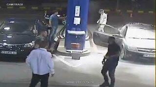 Na stacji benzynowej się nie pali! Szybka interwencja pracownika