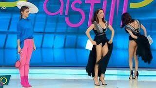 Wpadka na wizji. Prezenterka myślała, że wszedł jej robak pod sukienkę!