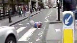 Pełzak w Londynie