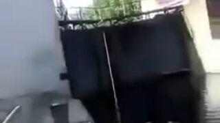 Chciał skoczyć z latarni do wody. Coś poszło nie tak!