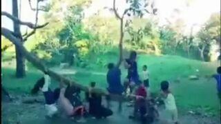 Zabawa gałęzią
