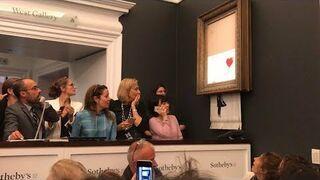 Zniszczony obraz Banksy na aukcji w Sotheby's w Nowym Jorku