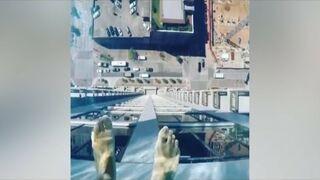 Basen na 42 piętrze