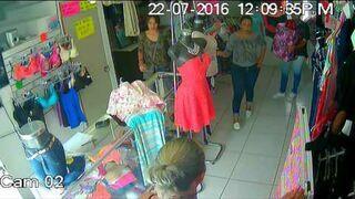 Kradzież w sklepie przy użyciu pudełka na prezent