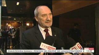 Z archiwum telewizji. Macierewicz: brzoza złamana przed katastrofą (TVP Info, 21.10.2013)