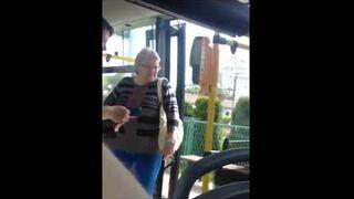 Awantura ze śmierdzącą babą w autobusie