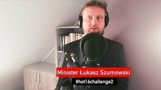 Minister Zdrowia Łukasz Szumowski #hot16challenge2 - Kabaret Czesuaf