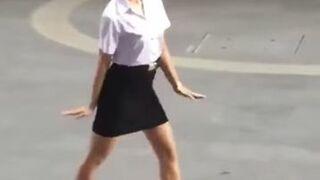 Azjatycki taniec