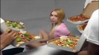 Ukraińska reklama pizzy