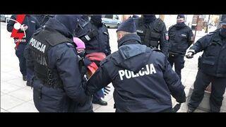 Film z zatrzymania Polskiej Babci