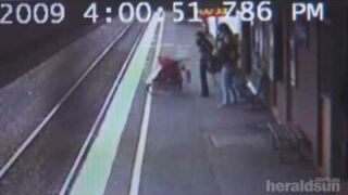 6-miesięczne dziecko pod kołami pociągu