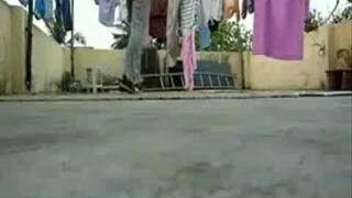 Breakdance - mały wypadek w trakcie ćwiczeń