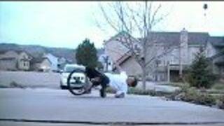 Na rowerku jednokołowym
