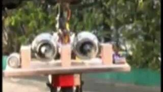 Rower z silnikiem odrzutowym
