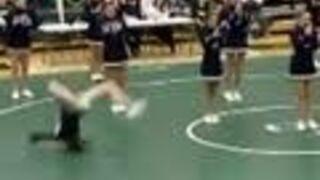 FAIL'S WORLD : Cheerleader Fail Leg Wide Open