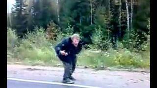 Rosja - Tancerz na drodze
