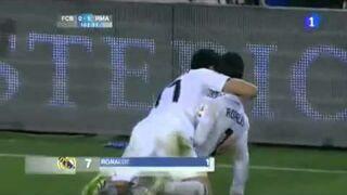 Shakira viendo el gol de Cristiano Ronaldo.