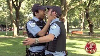 Ukryta kamera: Policyjni pedzie