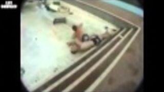Zjazd do basenu bez wody