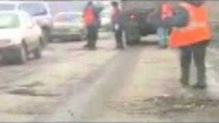 Łatanie dróg w Rosji
