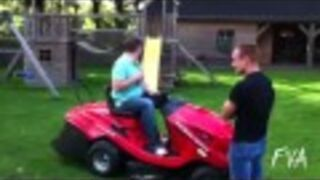 Employee Messes With Boss' Lawn Mower