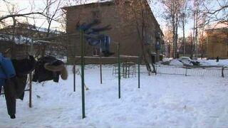 Rosja: Struś w śnieg