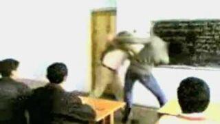 Zadarł z nauczycielem - Don't mess with The Teacher