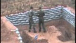 Chińczyk rzuca granatem