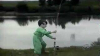 On rybkę czy rybka go?