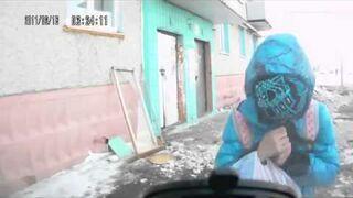 Przestroga dla zakapturzonych - Warning for hooded