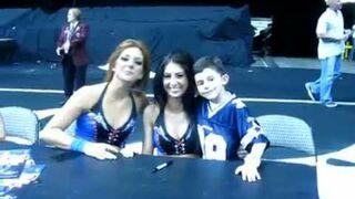 Chłopiec pocałował cheerleaderkę!