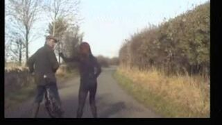 Kobieta zaatakowała powolnego rowerzystę