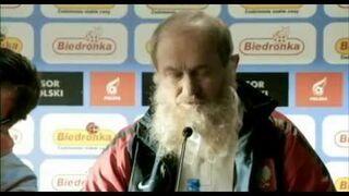 Nowa reklama Biedronki - Smuda z brodą powołuje do drużyny narodowej