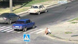 Rosja: Szaleniec na ulicy
