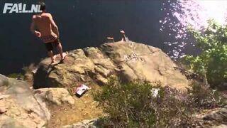Nieudany skok do wody ze statku