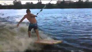 Rosja: Surfing na drzwiach