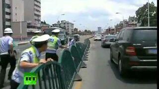 Śmieszna scena na chińskiej autostradzie