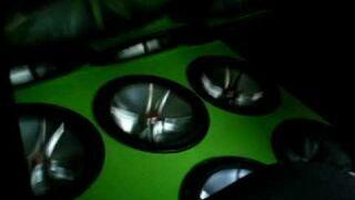 "12 15"" Kicker Comp VR"