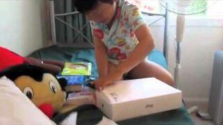 Reakcja dziecka na prezent - iPad