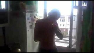 Rosja: Skok z 4 pięta