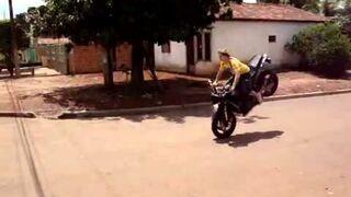 Testowanie nowego motocykla