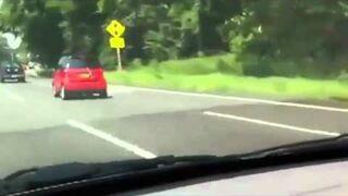 Nakręcany samochód