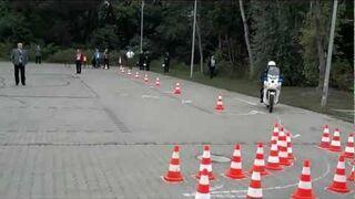 Policja - Nauka jazdy?