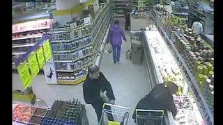 Kradzież portfela w markecie