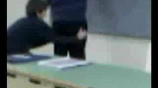 Zdjął spodnie nauczycielowi