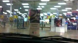 Wypad Tico na zakupy do Tesco
