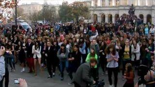 Flashmob - Gangnam Style Warsaw / Pomnik Kopernika