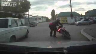 ROSJA: Najgorszy motocyklista świata