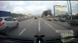 Rosja: Pijany kierowca na drodze